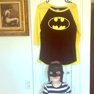 Batman shirt with cape